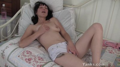 Small Titted Amelia Fingering