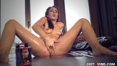 Surprised First Time Squirter Gushes