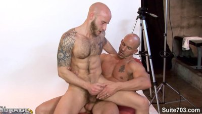 Married guy gets banged by a bald gay
