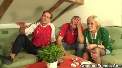 Old granma losts bet and gets fucked