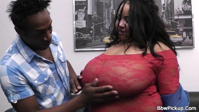 Bbw interracial sex with busty plumper in lingerie