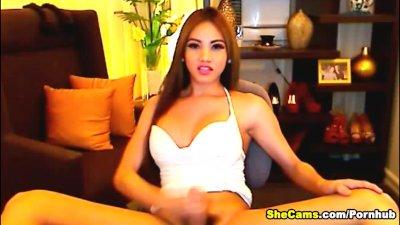 Horny Shemale Webcam Cumshot