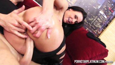 PornstarPlatinum - Kendra Lust oiled up fuck