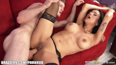 Nadia Styles loves big dick - Brazzers
