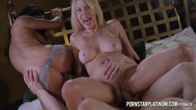 PornstarPlatinum.com - Erica Lauren and Claudia Valentine Threesome