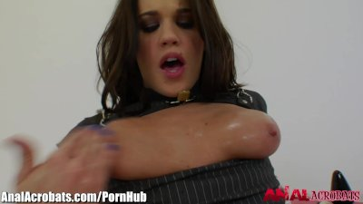 Roxxy Raye Fists her own Gaping Asshole
