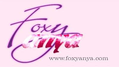 Anya Gives a Sexy Footjob