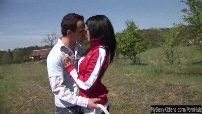 Teen Nikki get fucked and jizzed outdoors