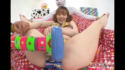 Pale Japanese AV star weird vibrator threesome Subtitled