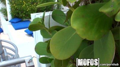 Mofos - Hot bikini babe Riely Reece
