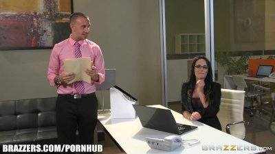 Alektra Blue is one hot secretary - Brazzers