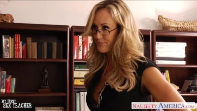 MILF sex teacher Brandi Love fucking a large dick