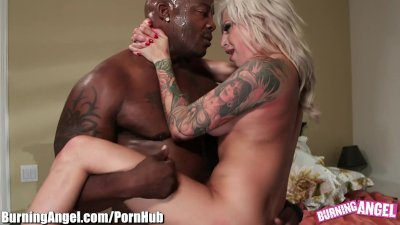 BurningAngel Emo Chick SQUIRTS on BLACK Dick