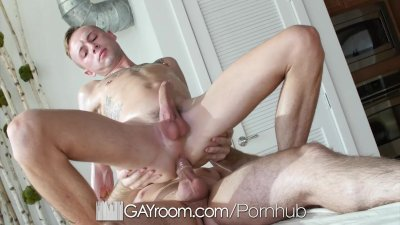 GayRoom - Horny Daniel Duress & Sean Christopher Get Hardcore
