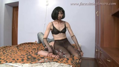 Facesitting femdom action Part1