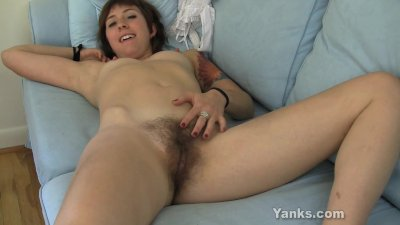 Tattooed Zoe Masturbate Her Bushy Snatch
