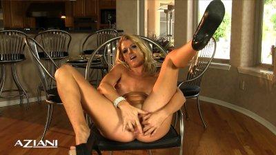 Hot horny blonde finger fucks her pretty pussy