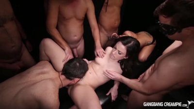 Gangbang Creampie blonde eats creampies from another pussy