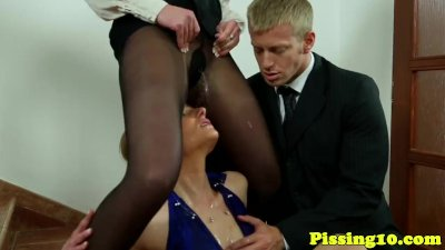 Young pissing eurobabes swap cum in threeway
