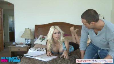 Tempting blondie Jazy Berlin f