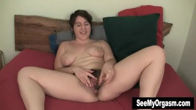 Big breasted Amber Fucking A Big Dildo
