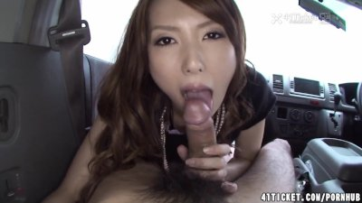 Super hot Asian babe getting rocked and she cums