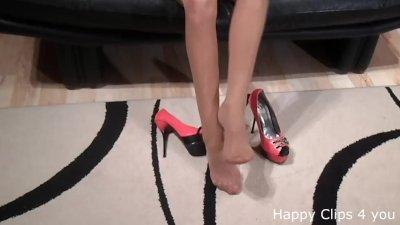 mistress lady high heels shoeplay