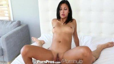 Pretty blue eyed Jade Jantzen is fucked by big cock - PornPros