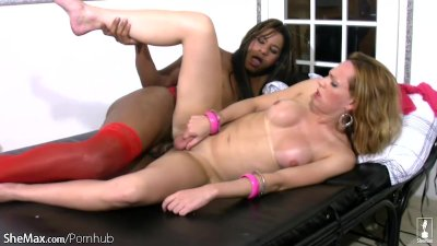Interracial shemale 69 cock sucking and deep anal banging