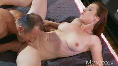 MOM Horny housewife sucks her husband's cock dry after 69
