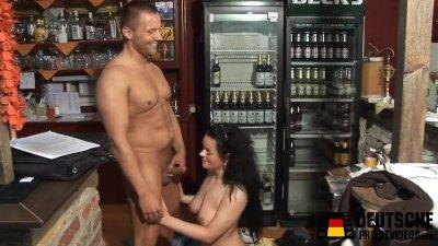 barwoman-sex-free-ebony-asshole
