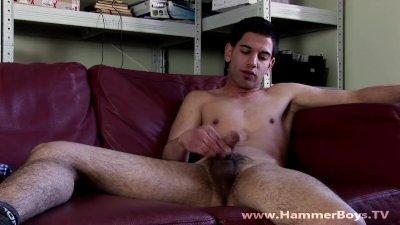 Home alone - Patrik Raty from Hammerboys TV