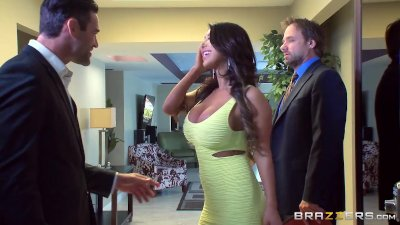 Brazzers - August Taylor cheat