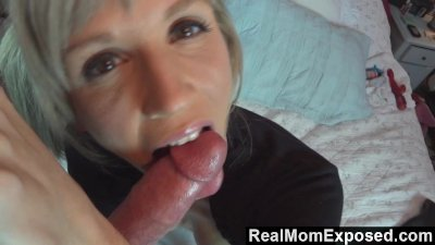 RealMomExposed - Emy Banx Gives the Best Blowjobs