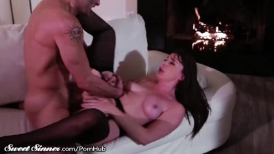 SEEING PINK featuring Dolly Leigh, Isiah Maxwell