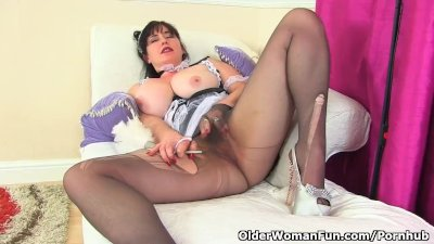 British milf Janey is a proper housewife in nylon tights