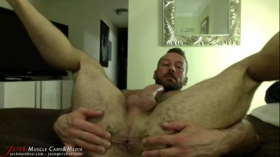 Hugh Hunter\'s Hairy Muscle Ass at JockMenLive.com
