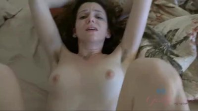 Date with Emma Evins leads to a creampie and vacation