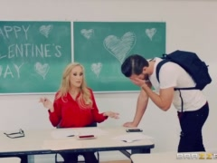 Naughty Teacher Brandi Love fucks her student - Brazzers