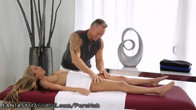 FantasyMassage She Can't Stop Squirting