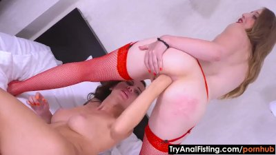 Try anal Fisting - Ass-lubing massage and fisting