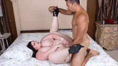 Sexy Big Tit Plumper Sashaa Juggs Fucks Stranger