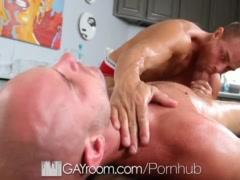 HD GayRoom - Johnathan gets hardcore massage by Tyler Saint