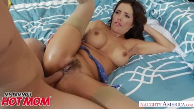 MILF Francesca Le gets big dick anal sex - Naughty America
