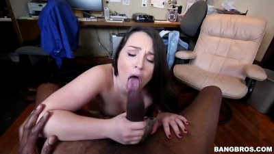 Monster cock makes that white girl pussy pop (mc13740)