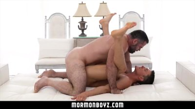 Mormonboyz - Young boy gives his hole to daddy