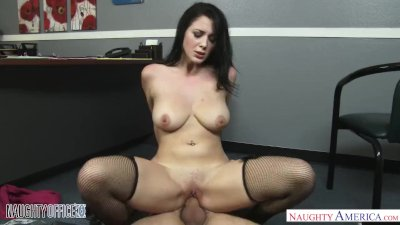 Big natural tits babe Noelle Easton seduces her boss - Naughty America