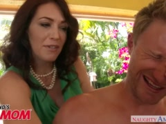 Big tits MILF Charlee Chase swallows a young cock - Naughty America