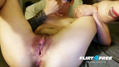 FTM Nerdy College Guy Rubs His T-Cock