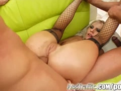 Ass Traffic Beatrix\'s ass is rocked by two guys with two cum loads